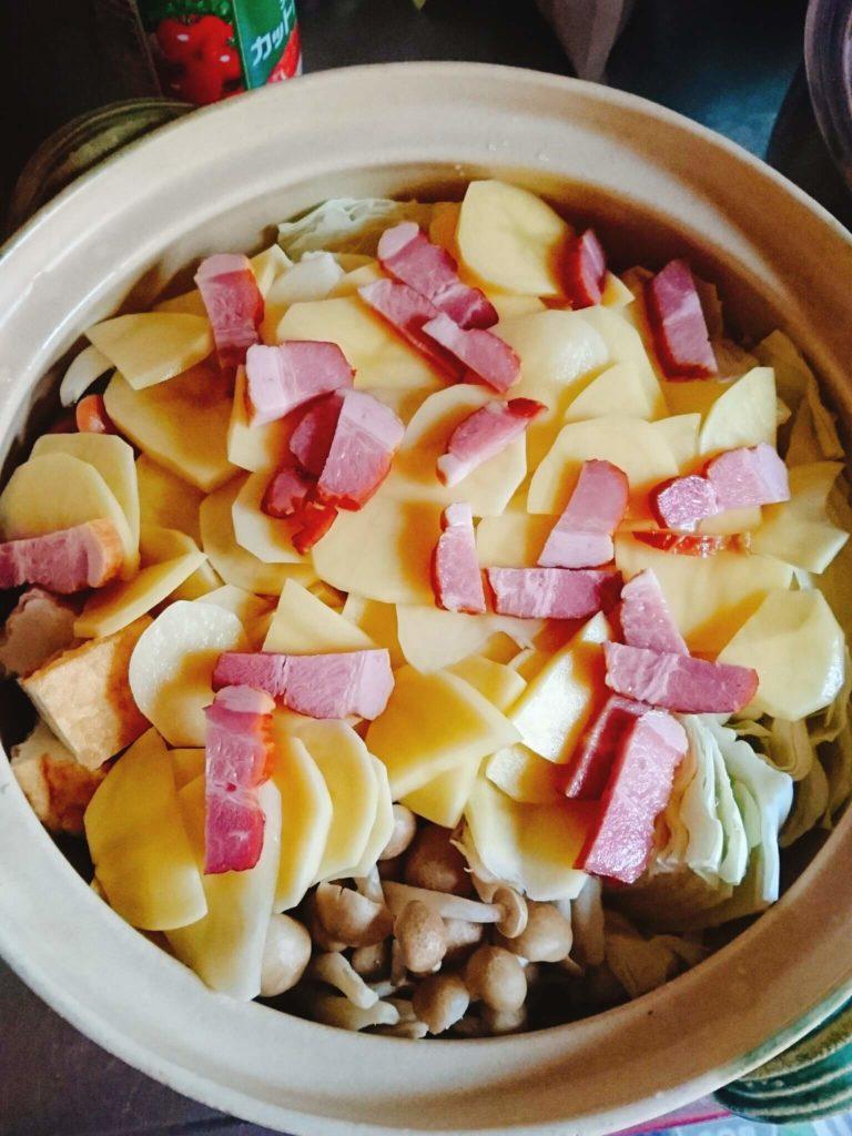 鍋野菜ウインナーベーコン